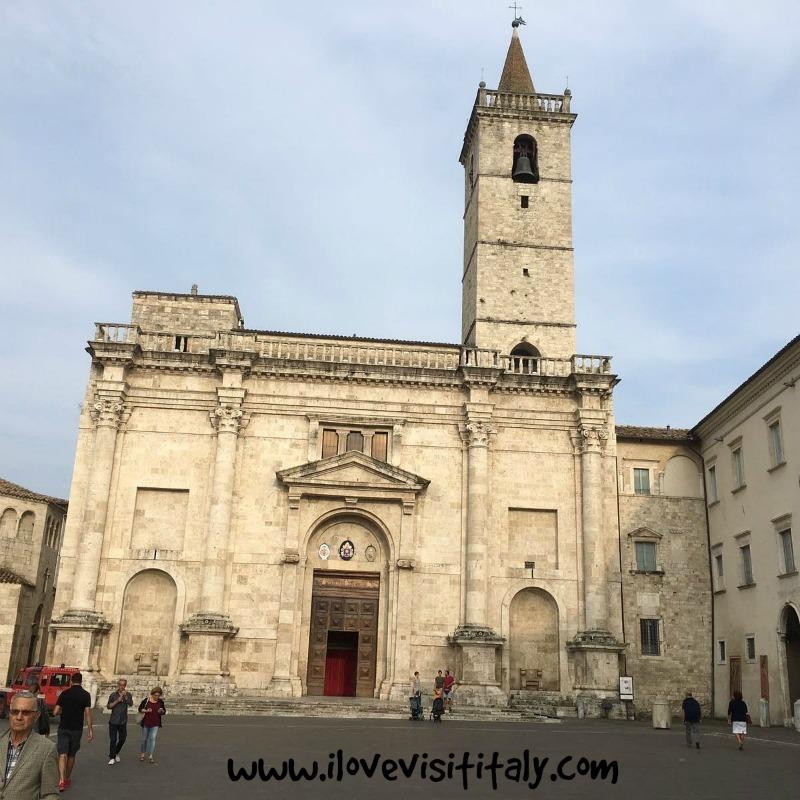 basilicadisantemidioascolipiceno-ilovevisititaly
