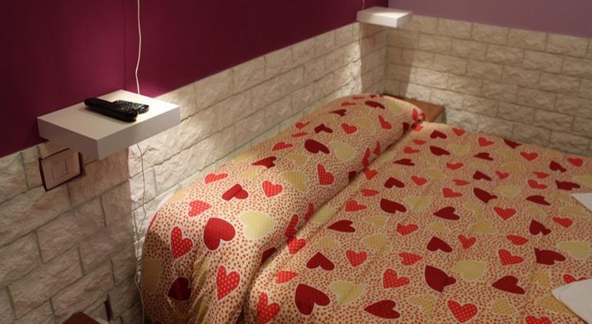 Dormire low cost a roma il primo maggio i 5 b b economici - B b barcellona centro bagno privato ...