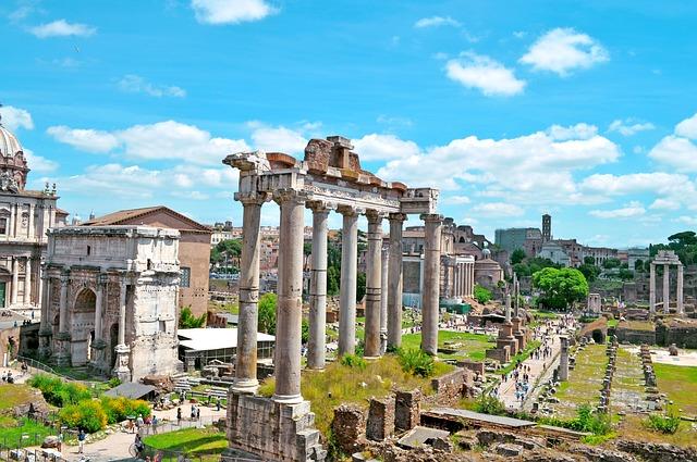 visitare il foro romano a Roma