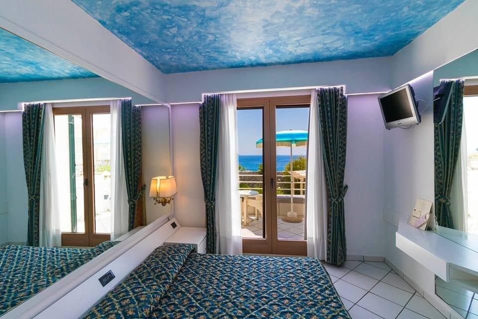 hotel per famiglie a castro marina